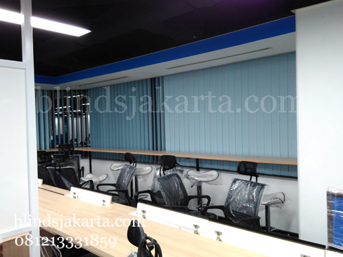 vertical blinds mid plaza
