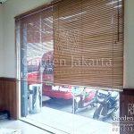 venetian blinds wood motive slatting