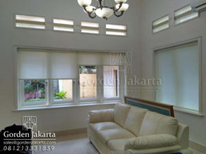 harga-gorden-jendela-kantor-roller-blinds