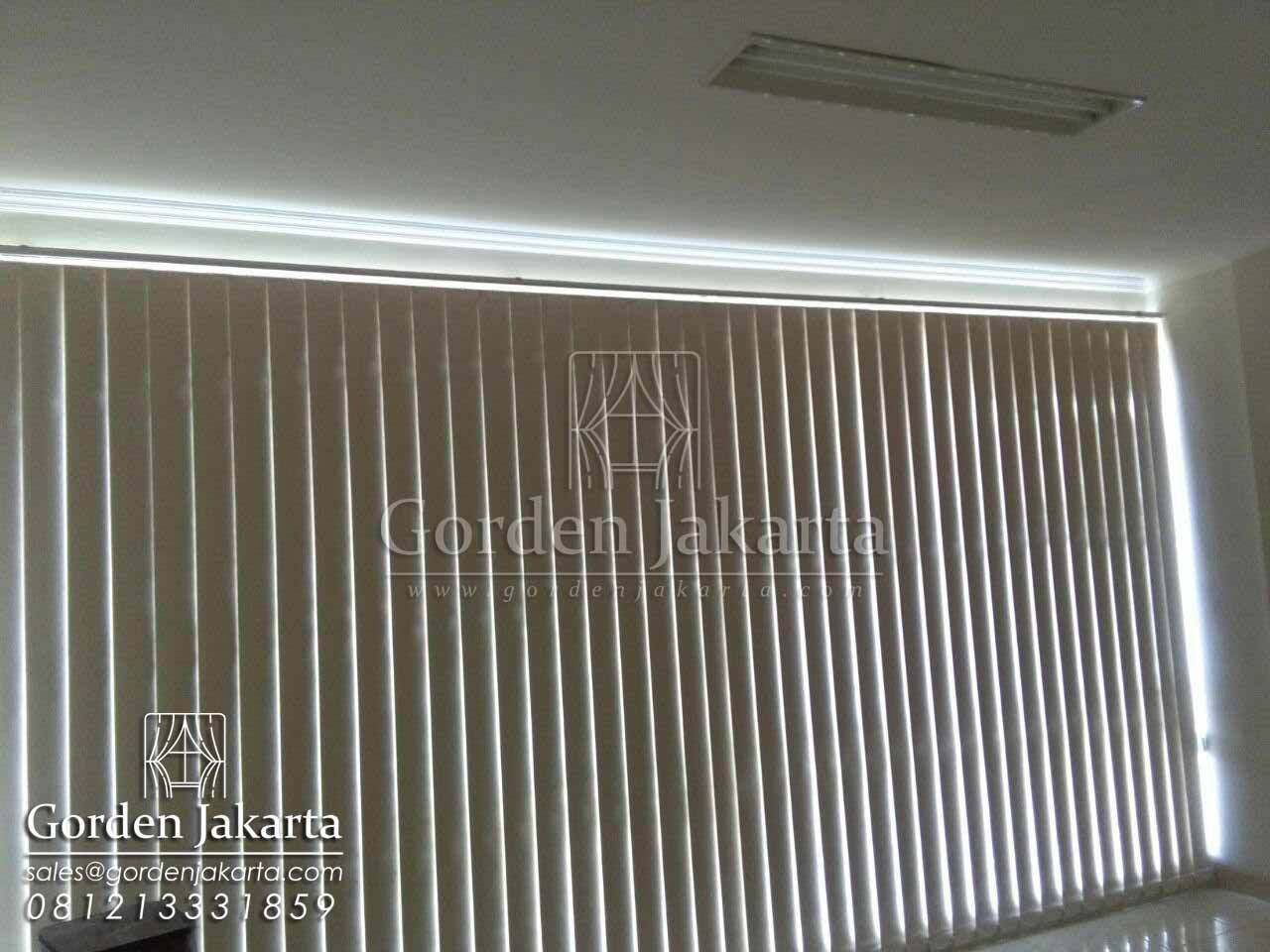 harga vertical blind sp 6028 blackout sharp point