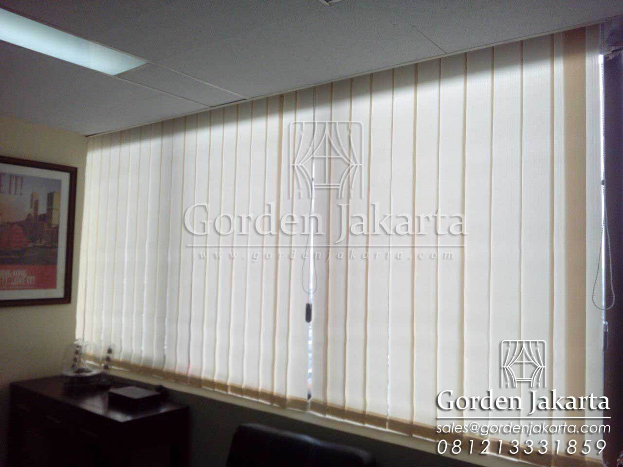 jual vertical blind blackout