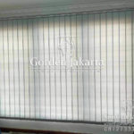 vertikal blind dimout warna grey