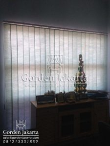 Jual Vertical Blinds Warna Hijau Semi Blackout Sp. 8370 - 5 di Manokwari Q3287