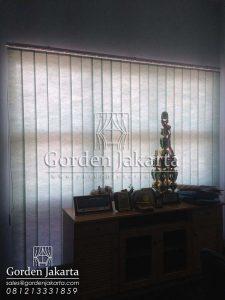 Jual Vertical Blinds Warna Hijau Semi Blackout Sp. 8370 - 5 di Manokwari Q3287