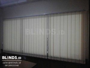 Vertical Blinds Dimout Sp 8010 - 3 Beige Di Larangan Tangerang Q3487