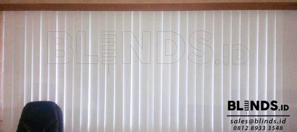 jual vertical blind blackout Sp. 200 - 2 beige di fatmawati Q3569