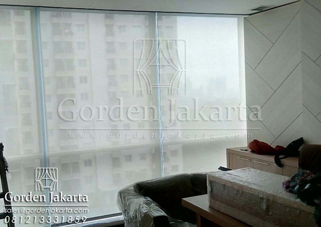 Roller Blinds Solar Screen Warna Putih by Blinds Jakarta