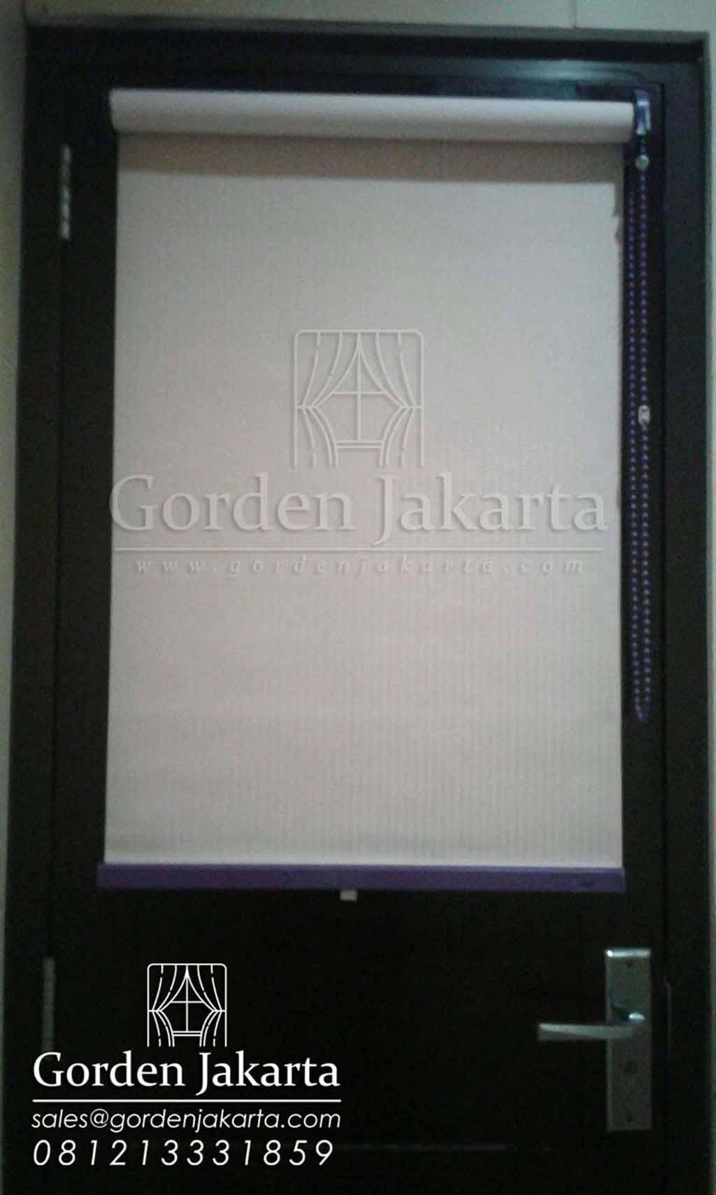 Roller blinds untuk jendela pintu bahan semi blackout Sp 5438 Q3411