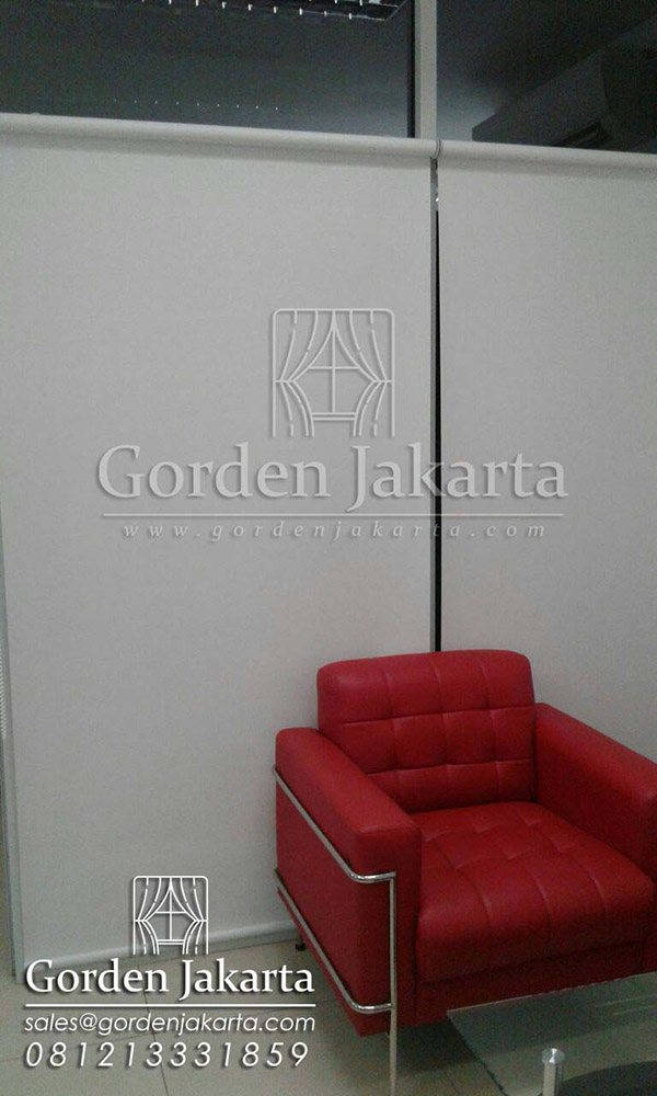 contoh roller blind blackout superior Sp. 6045-10 white project Cakung Q3314