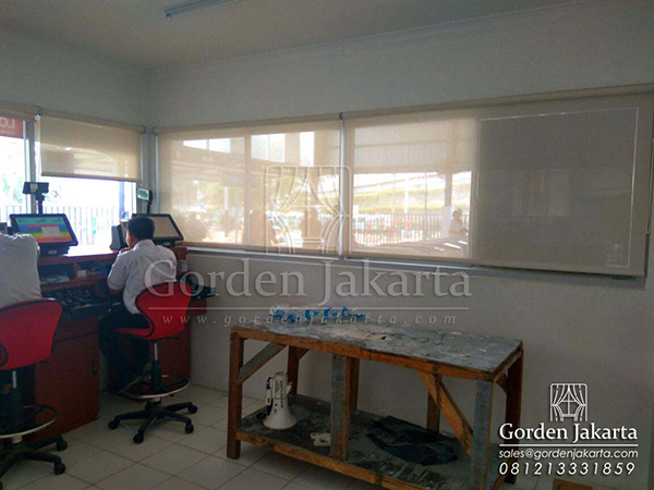 harga roller blinds solar screen sharp point di blinds jakarta