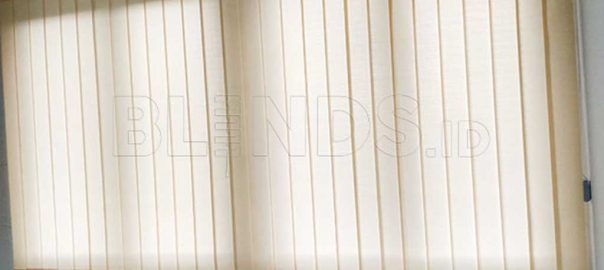 tirai vertical blinds dimout Sp 8000-7 Beige Project Cibitung Q3786