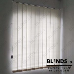 vertical blinds bahan dimout sp.8006-2 off white sharp point Q4028