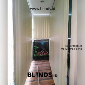 vertical blinds bahan blackout klien di Pondok Labu id4319