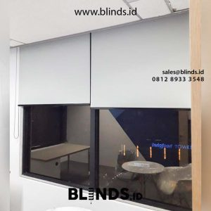 roller blinds superior dimout warna grey project di Jendral Sudirman id4537