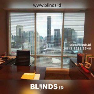 tirai venetian blinds deluxe slatting jendela kantor project Tanah Abang id4448
