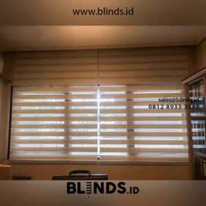 Contoh Zebra Blinds Bahan Super Sun Screen White Di Rasuna Said id4712