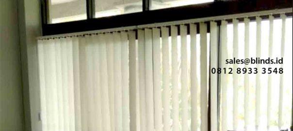 Tirai Vertical Blinds Dimout Pasang Di Plaza Bisnis Kemang Jakarta Selatan id5484
