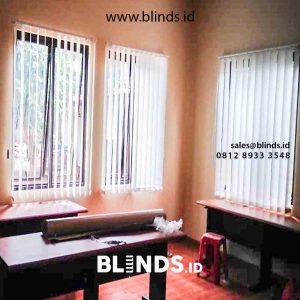 Pasang Tirai Vertical Blind Bahan Dimout Di Tanah Kusir Jakarta Selatan id5188