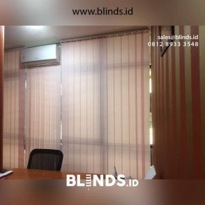 gorden kantor vertical blinds warna pink id5173