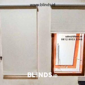 Gorden Menggulung Roller Blinds Semi Blackout Semakin Populer id5561