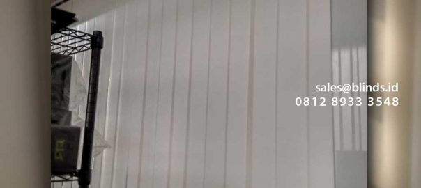 Jual Vertical Blinds Sp 8006-2 Off White Menara Batavia Tanah Abang Jakarta id5277