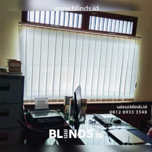 Vertical Blinds Dimout Sp 8000-2 Off White Tanah Kusir Kebayoran Lama Jakarta id4928