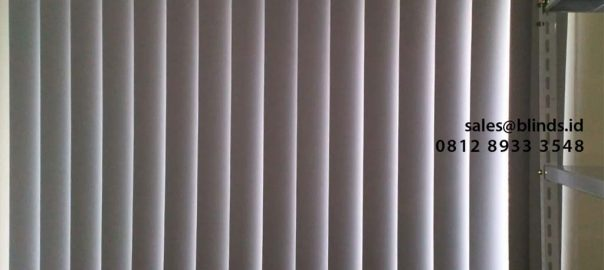 Vertical Blinds Blackout Sp 6045-3 Grey Apartemen The Mansion Fontana Kemayoran Jakarta id4270