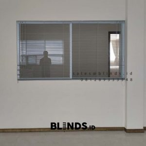 Tirai Venetian Blinds Sp 9601 Kawasan Millennium industrial Estate Panongan Tangerang ID5732
